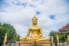 Buddha w Thailand, azjatykcia podróż, niebieskie niebo, duży Buddha zdjęcie royalty free