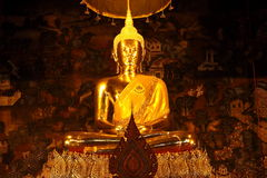 Buddha, Wat Poh Bangkok. The biggest sleeping budd Stock Photography