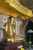 Shwegugyi Buddha, Bagan, Myanmar - Obrazy Royalty Free