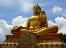 buddha wizerunku obsiadanie zdjęcie stock