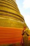 Buddha złota statua. Obrazy Stock