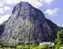 Buddhaberg i pattaya arkivbild