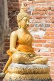 Buddhabild i gammal tempel Royaltyfria Bilder