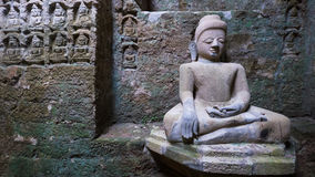 Buddhabild i Mrauk U, Myanmar Arkivfoton
