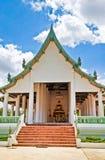 Buddhabild och tempel Arkivbild