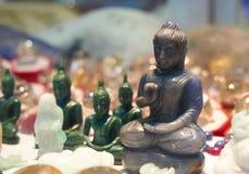 Buddhabild som göras av stenen arkivfoton