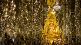 Buddhabild Thailand Uthai Thani Wat Tha Sung Royaltyfri Foto