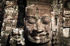 Buddhaframsidor av den Bayon templet på Angkor Wat cambodia Royaltyfria Foton