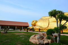Buddhaguld i Thailand royaltyfri fotografi