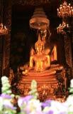 Buddharupa i Wat Bowonniwet Vihara Arkivfoto
