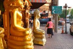 Buddhas待售在菩萨市场上 免版税图库摄影