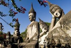 buddhas许多的老挝万象 库存照片