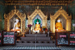 Buddhas в виске стоковая фотография rf