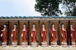 Buddhas в виске Kek Lok Si, Penang стоковое изображение rf