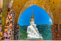 Buddhas в виске Phasornkaew, Таиланде стоковые фото