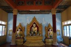 Buddhas в пагоде стоковые изображения