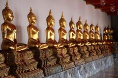Buddhas dans le temple de Bangkok image libre de droits