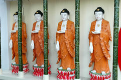 Buddhas en una fila Fotos de archivo libres de regalías