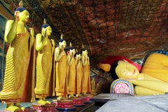 Buddhas在Mulkirigala 库存照片