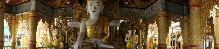 Buddhas und Sonnenaufgang Lizenzfreie Stockfotografie