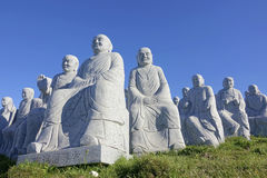 Buddhas van het steenbeeldhouwwerk Stock Foto's