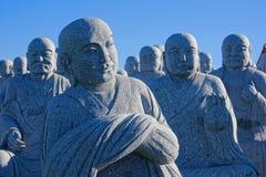 Buddhas van het steenbeeldhouwwerk Royalty-vrije Stock Foto