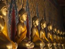 Buddhastaty Arkivfoton