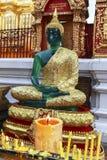 Buddhastaty för grönt exponeringsglas i Doi Suthep, Chiang Mai Royaltyfri Bild