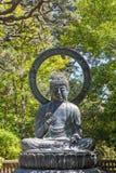 Buddhastaty i skyddsställing Fotografering för Bildbyråer