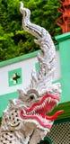 Buddhastaty i templet nordliga Thailand Arkivbilder