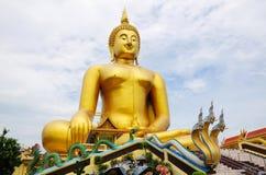Buddhastaty i Thailand Arkivfoto