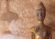 Buddhastaty i Wat Si Saket Arkivbild