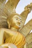 Buddhastaty med hövdad orm nio Fotografering för Bildbyråer
