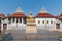 Buddhastaty och kapell Arkivfoton