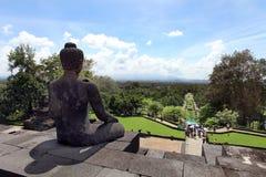 Buddhastaty på den Borobudur templet, Indonesien Arkivbild