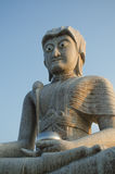 Buddhastaty på den Tha tontemplet Arkivbilder