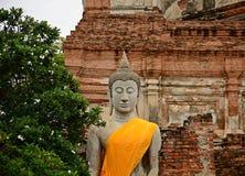 Buddhastaty på forntida slottar ayutthaya thailand Royaltyfri Fotografi