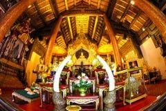 Buddhastaty på templet bangkok Thailand Royaltyfri Fotografi