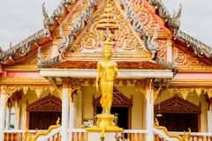 Buddhastaty på templet Nakhonphanom Thailand Royaltyfri Fotografi