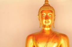 Buddhastaty på Wat Pho Fotografering för Bildbyråer
