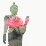Buddhastatyanseendet och lotusblomma blomstrar inom att använda teknik för dubbel exponering Royaltyfri Foto