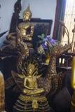 Buddhastatyer i Phrathat Doi Suthep Wat Royaltyfria Bilder