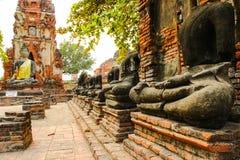 Buddhastatyn inga head Arkivfoto