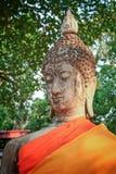 Buddhastenstaty Arkivbild