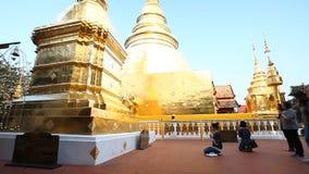 buddhism świątynia Thailand dłoni Wiara, cześć, modlitewny materiał filmowy zbiory wideo