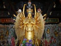 Buddhismusstatue bei Longhua Temple Lizenzfreies Stockfoto