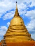 ฺBuddhist gold temple, Thailand. Large gold Buddhist temple in Bangkok, Thailand Stock Photography