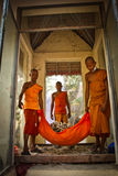 Buddhist monks and bones of Wat Thmei, Siem Reap, Cambodia Stock Photos