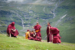 Buddhist monks rest Royalty Free Stock Photos
