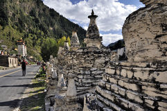 Buddhist pagodas by the road Royalty Free Stock Photos